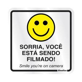 PLACA-SINALIZE-DE-SINALIZACAO-SORRIA-VOCE-ESTA-SENDO-FILMADO